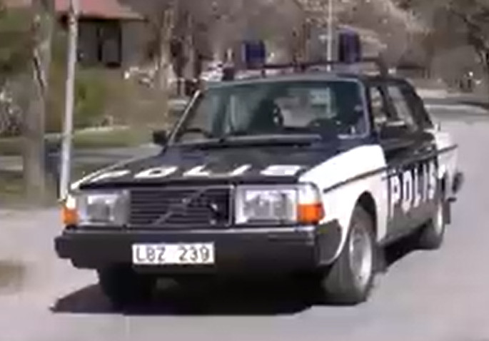 240 polisbil